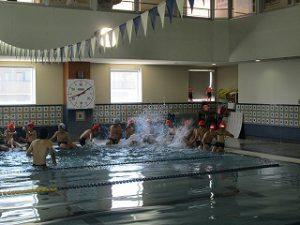 東星学園 校長 大矢正則 清瀬 私立 小学校 水泳授業開始(2)