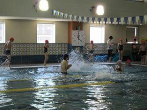 東星学園 校長・大矢正則 カトリック ミッション 男女 水泳授業開始(3)