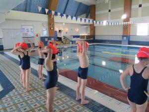東星学園 大矢正則校長 カトリック ミッション 男女 水泳授業開始(1)