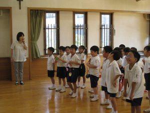 東星学園 校長 大矢正則 カトリック ミッション 男女 1年生…幼稚園との交流会(1)