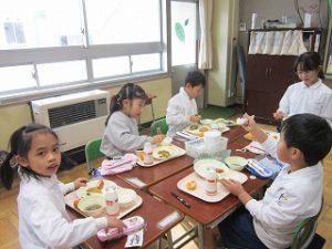 東星学園 校長 大矢正則 清瀬 私立 小学校 11月の給食(7)