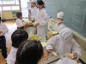 東星学園 大矢正則校長 カトリック ミッション 男女 11月の給食(3)