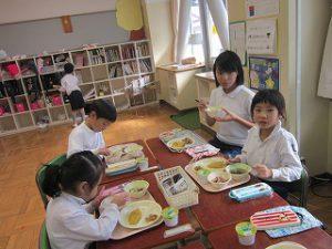 東星学園 校長・大矢正則 カトリック ミッション 男女 11月の給食(5)