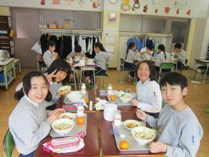 東星学園 校長・大矢正則 カトリック ミッション 男女 学校給食週間(5)