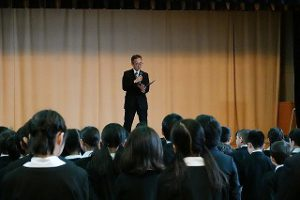 東星学園 大矢正則校長 カトリック ミッション 男女 始業式(3)