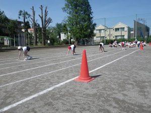 東星学園 校長・大矢正則 カトリック ミッション 男女 運動会の練習(高学年)(1)