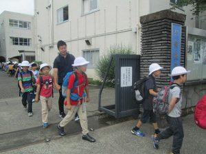 カトリック ミッション 男女 東星学園 校長・大矢正則 1.2年生遠足(1)
