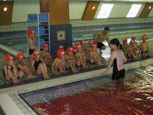 東星学園 大矢正則校長 カトリック ミッション 男女 水泳授業が始まりました!(3)
