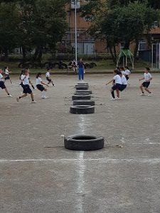 東星学園 大矢正則校長 カトリック ミッション 男女 体育祭 練習(低学年)(3)