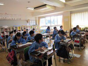 東星学園 大矢正則校長 カトリック ミッション 男女 6年生(1)