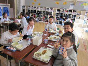 東星学園 校長 大矢正則 清瀬 私立 小学校 1月の給食(10)