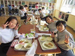 東星学園 校長・大矢正則 カトリック ミッション 男女 1月の給食(11)