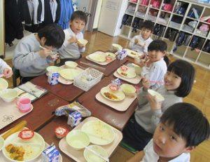 東星学園 大矢正則校長 カトリック ミッション 男女 1月の給食(3)
