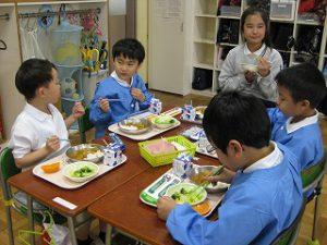 東星学園 校長・大矢正則 清瀬 私立 小学校 1年生、給食開始(2)