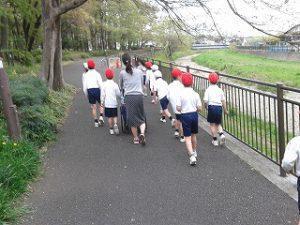 東星学園 校長 大矢正則 清瀬 私立 小学校 2年生 春いっぱい(4)