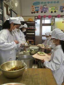 東星学園 校長 大矢正則 カトリック ミッション 男女 1年生、給食開始(1)