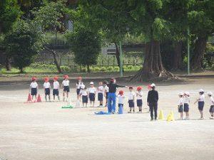 東星学園 大矢正則校長 カトリック ミッション 男女 低学年 運動会練習風景(3)