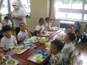 東星学園 校長 大矢正則 清瀬 私立 小学校 1年生と幼稚園生との交流会(4)