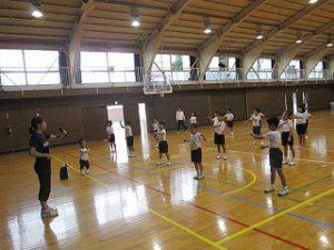 東星学園 校長・大矢正則 清瀬 私立 小学校 「低学年体育祭ダンス練習」(2)