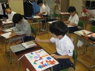 東星学園 校長 大矢正則 カトリック ミッション 男女 展示会に向けて(低学年)(1)