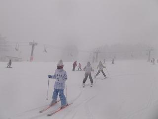 東星学園 校長・大矢正則 カトリック ミッション 男女 スキー教室(11)