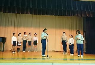 東星学園 校長・大矢正則 カトリック ミッション 男女 児童会役員選挙と認証式(5)