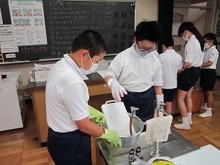 カトリック ミッション 男女 東星学園 校長 大矢正則 洗濯実習(3)