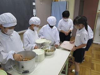 清瀬 私立 小学校 東星学園 大矢正則校長 目の愛護デー給食(2)