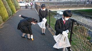 清瀬 私立 小学校 東星学園 大矢正則校長 11月の児童ボランティア活動(2)