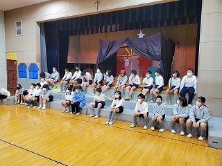 カトリック ミッション 男女 東星学園 大矢正則校長 聖劇練習の様子(1)