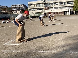 カトリック ミッション 男女 東星学園 大矢正則校長 運動会・体育祭競技(8)