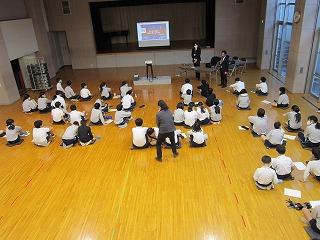 東星学園 校長 大矢正則 カトリック ミッション 男女 デジタル世界を豊かに生きるために(1)