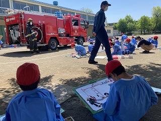 東星学園 校長 大矢正則 はたらく消防展示会(1)